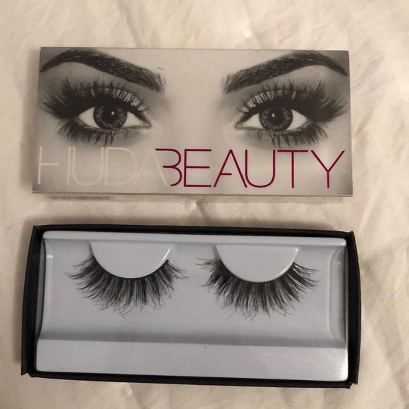 HUDA BEAUTY Other - Huda Beauty false eyelashes in Samantha #7
